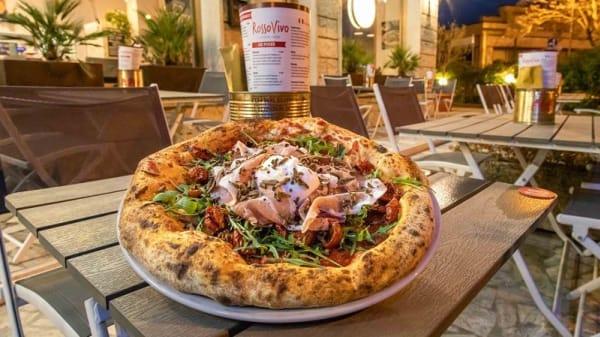 Rosso Vivo Pizzeria Verace, Chiusi Scalo