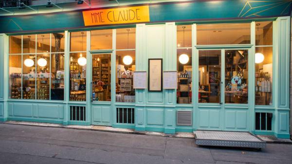 Entrée - Madame Claude, Paris