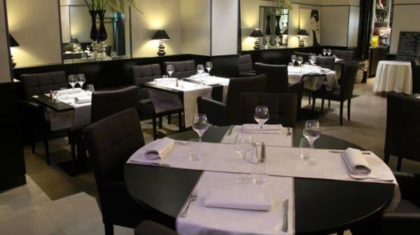 La salle du restaurant l'Arcade - Les Arcades, Valenciennes