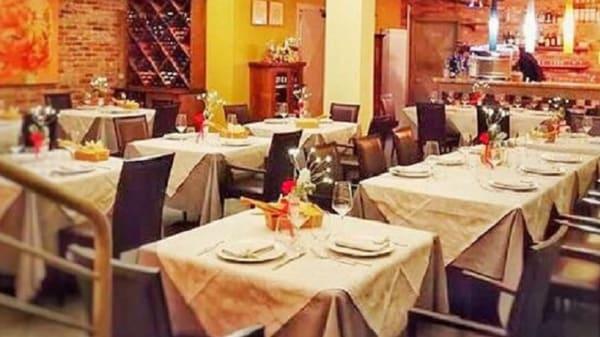 SALA - Mi Casa Restaurante, Vercelli