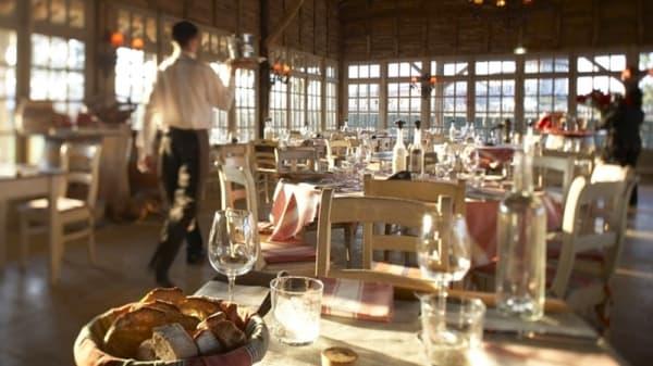 La salle - La Table du Lavoir, Martillac