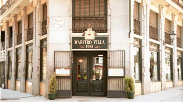 Vista de la fachada - Maestro Villa, Madrid