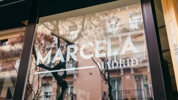 Entrada - Marcela Madrid, Madrid
