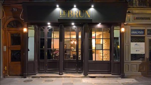 Entrée - Le Brun, Paris
