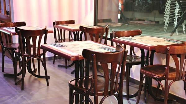 Vista sala - Pasta Pesto Pizta Pizza Guzmán el Bueno, Madrid