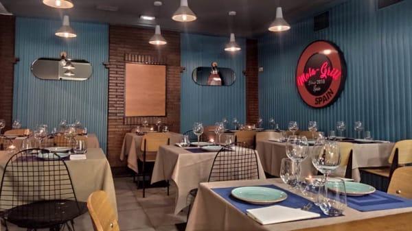 Sala - Mola Grill, Madrid