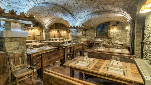 Vista sala - Taverna Coppapan, La Thuile