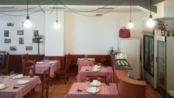 Sala - Trattoria Giulietta, Ourense