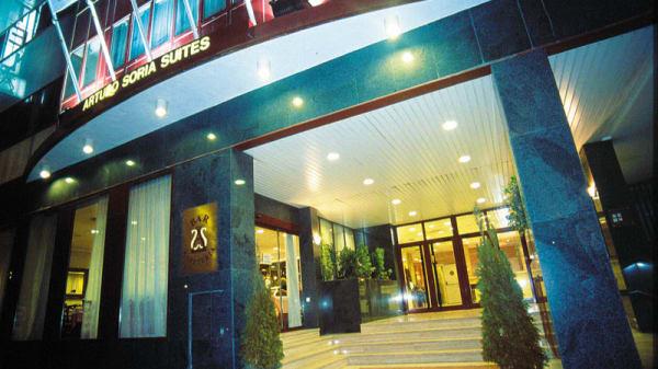 Vista fachada - Arturo Soria Suites, Madrid