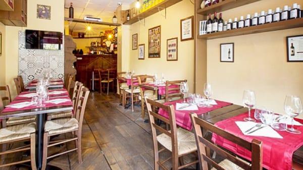 Salle du restaurant - Piccola Toscana, Paris