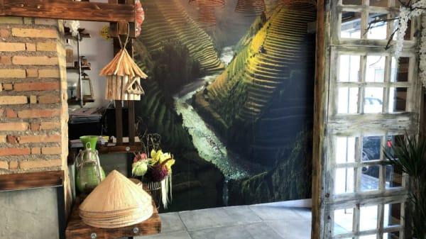 Vista del interior - It's Vietnam, Granada