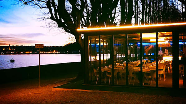 La veranda sul lago - MiraLago Pizza & Cucina, Angera