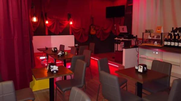 Atmosfere calde con Karaoke tutte le sere!!  - La Chicchera, San Fermo Della Battaglia