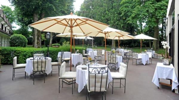 Terrasse - Hostellerie du Royal Lieu, Compiègne