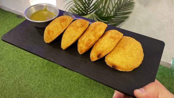 Empanaditas colombianas - TAMBO, Las Rozas de Madrid