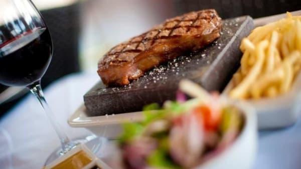 Black Angus Bar & Grill, Surfers Paradise (QLD)