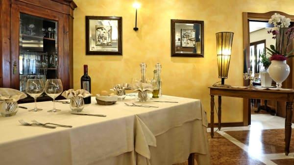 Interno - Ristorante Hotel Costabella, San Zeno Di Montagna