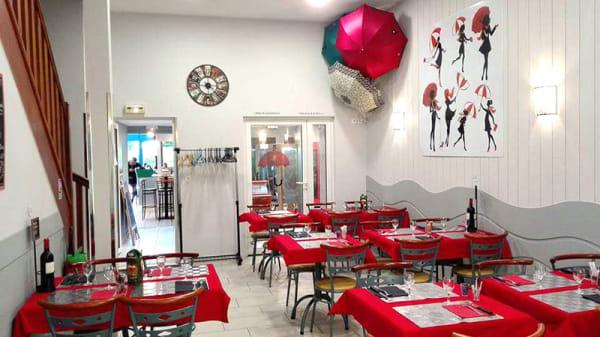 Vue de la salle - Au Petit Parapluie, Cherbourg Octeville
