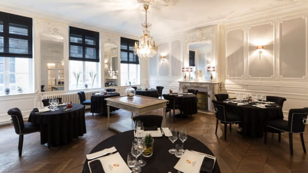 Salle du restaurant - Maison Demarcq, Cambrai