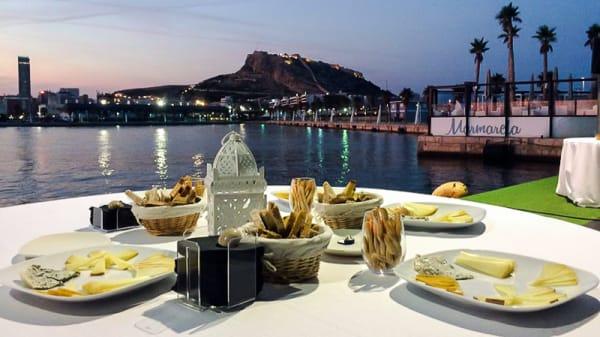 Mesa con vistas - Marmarela, Alicante