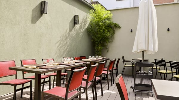 Terrasse - Spicy Grill, Brussel
