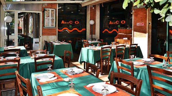 Vista sala - Ale e Ciro, Rome