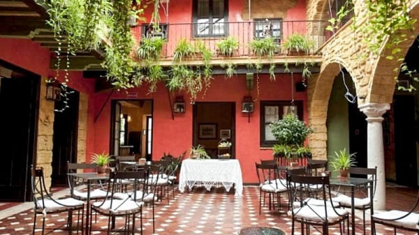 Vista del interior - ORIBA - La Casona de Calderón Gastronomic & Boutique Hotel, Osuna