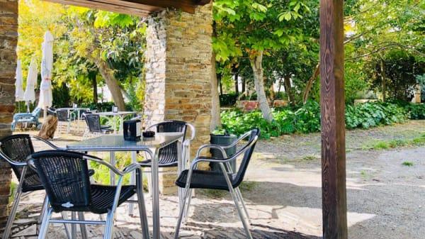 Terraza - El Jardín del Mirador, Pitres