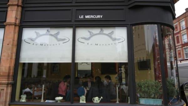 Le Mercury Restaurant, London