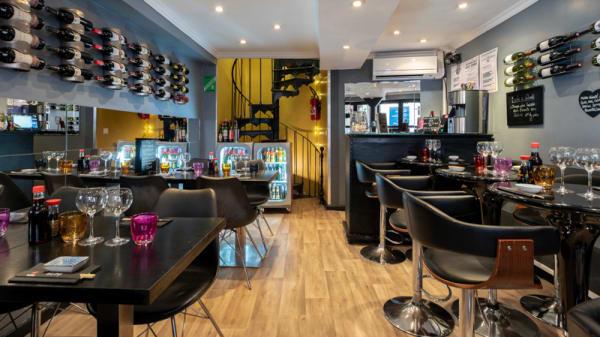 Salle du restaurant - Sushi Bar, Nice
