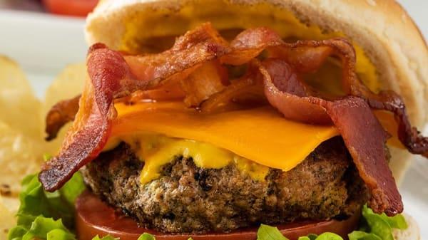 """Burger 'Big Bacon"""" - Marco's Café Restaurant, Saint-Laurent-du-Var"""