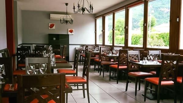 Salle du restaurant - Le Poêlon, Montgailhard