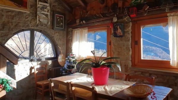 Vista della sala - Agriturismo Al Sass, Dossena