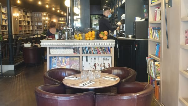 Café Livres, Paris