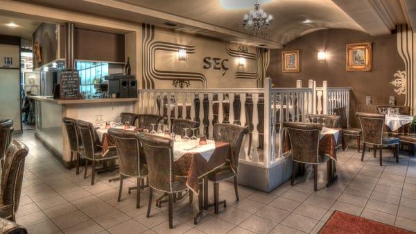 Salle - Restaurant Seç 18eme, Paris