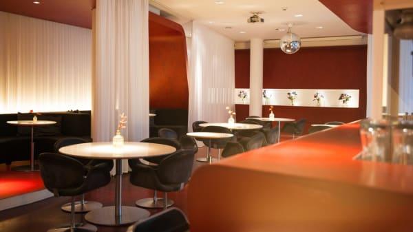 Zimmeransicht - The Fox Bar @ Hotel-Q!, Berlin