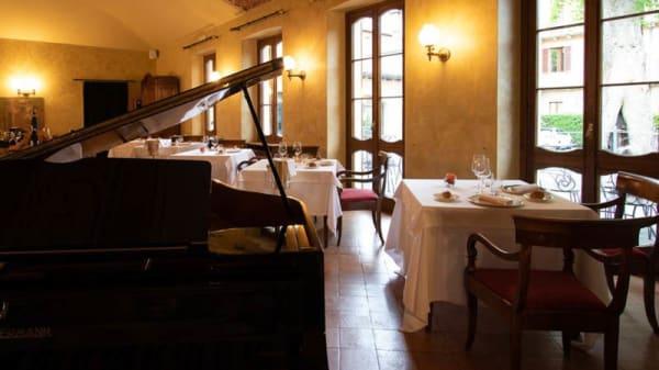 Vista sala - Le Due Corti, Como
