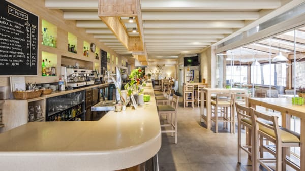 Live Cooking Restaurante Los Arcos - Los Arcos, Cangas De Onis