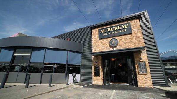 Au Bureau In Sainte Genevieve Des Bois Restaurant Reviews Menu And Prices Thefork