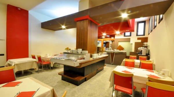 Veduta dell interno - Planet Restaurant, Maranello