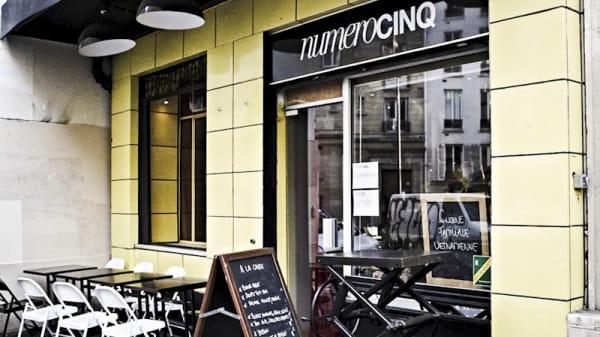 Devanture - Numérocinq, Paris