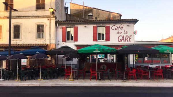 Terrasse - Café de la Gare, Saint-Gilles