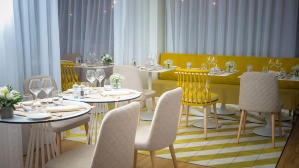 "La salle du restaurant ""La carte postale"" - LA CARTE POSTALE, Sofitel Golfe d'Ajaccio, Porticcio"