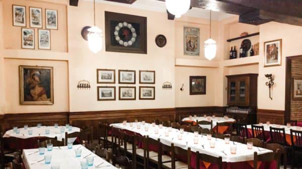 la sala - Taverna Parione, Rome