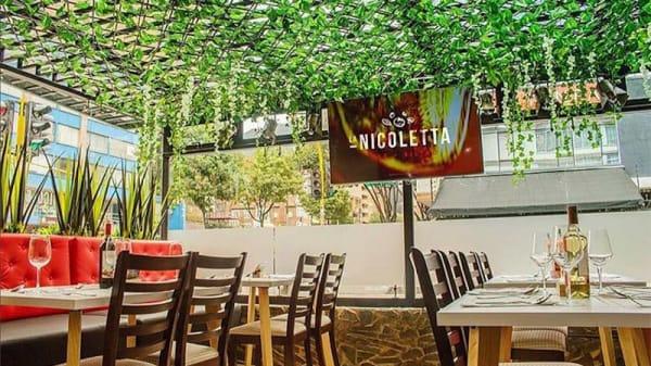 Vista sala - La Nicoletta, Bogotá