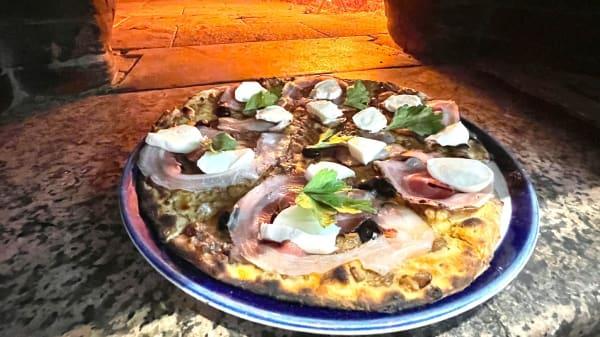 Queen's Pub Gioia Pizzeria, Gioia Del Colle