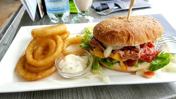 Het restaurant - Brasserie Bar Het Zandhuis, IJmuiden