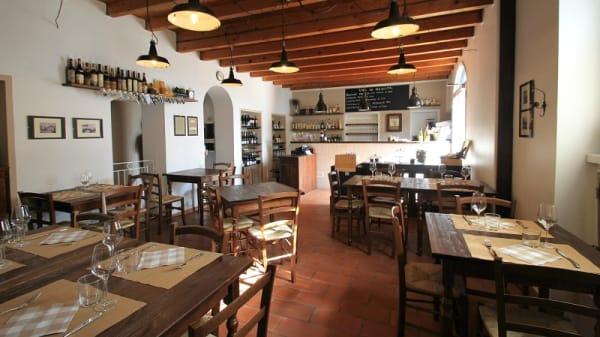 Interno - Osteria Piccola Vigna, Binago
