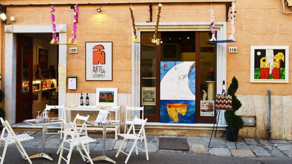 Esterno - Arte & Gourmet, Pietrasanta