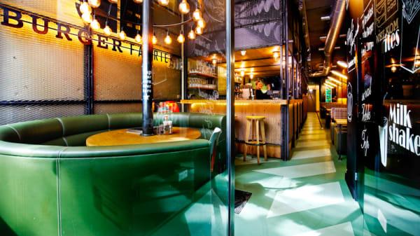 Restaurantzaal - Burgerfabriek, Ámsterdam